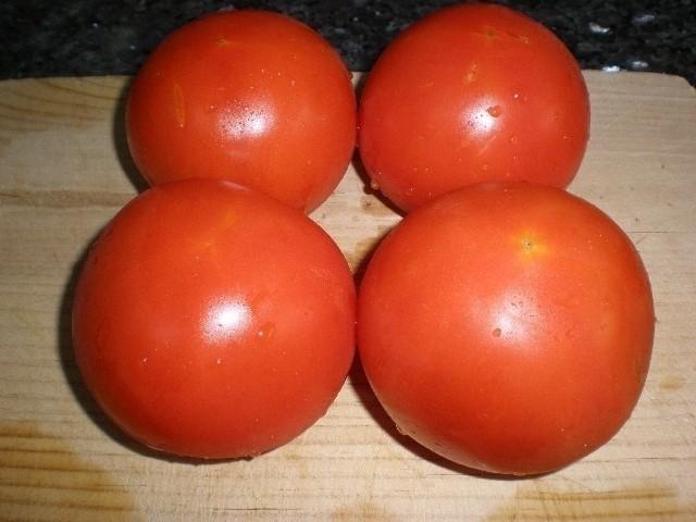 ec9e5d4418cddeb916f54861fa51abb5 - Tomate con tormenta de perejil