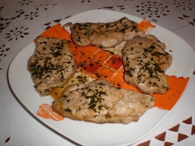 Filetes de lomo de cerdo - ▷ Ensalada de  tomate majorero y aguacate palmero 綾 