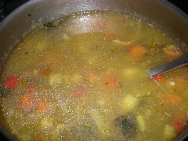 Sopa - Sopa de invierno, coronada con pan tostado