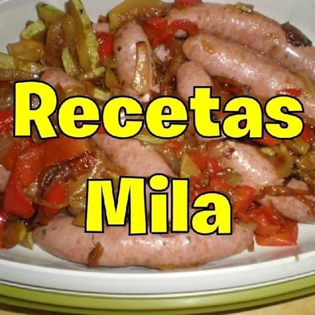 f203d630ce0c3265f9c9461092194e6b - Salteado de verdura, acompañado de salchichas de pollo asadas