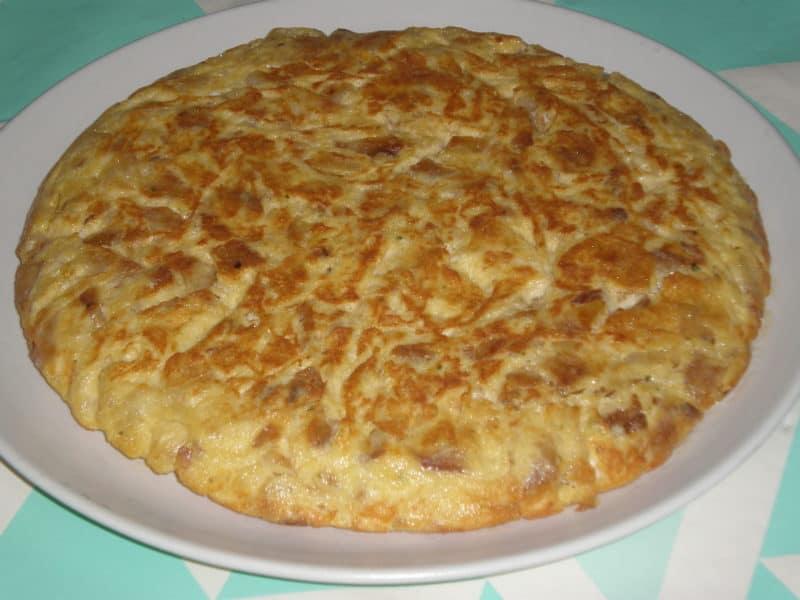 PORTADA 1 e1561893741998 - ▷ Tortilla de ajo acompañada de morcilla de cebolla 🥚 😋