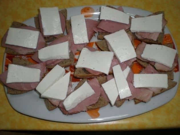 035f0b772a03f455045ea960b0176ce7 - Montaditos de, pavo, bacón y queso fresco