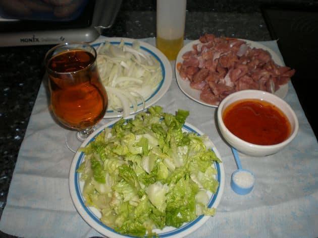 Ingredientes para pavo con tomate