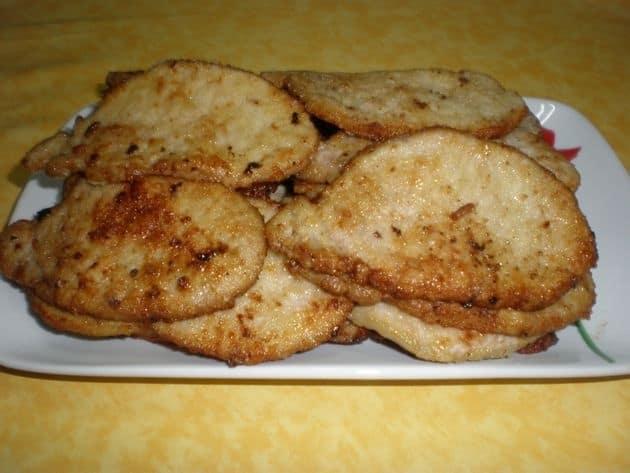 Lomo fileteado y enharinado de crema de champiñones