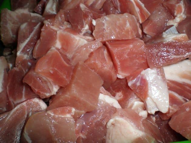 Carne de cerdo para brochetas a la barbacoa
