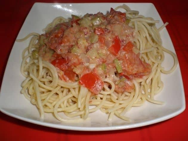 1bcfbd07454f9ec45d6daa888b9a8a71 - Espaguetis, con sofrito de verdurita