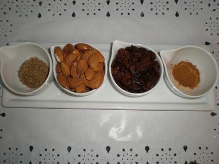 Frutos secos y condimentos