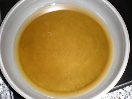 Calentar aceite - Bacalao con sabor a chicharos