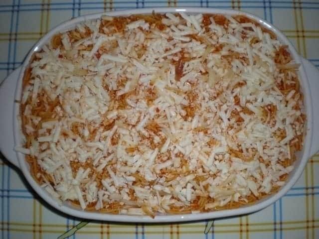 7a39d43acd423737f440a2b509dd494a - Espaguetis tapados con queso de cabra al pimentón