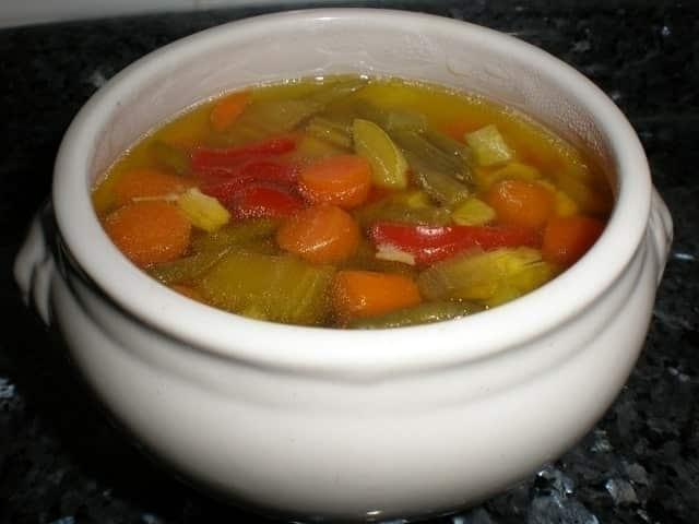 e6016113b58321823ef4c9ba6bd5a33c - Caldo de pollo con vegetales