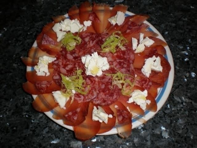 6fabeebf57a31d7fcb8c80ffa6f11c39 - ▷ Ibéricos con desmigado de queso 😋 😋