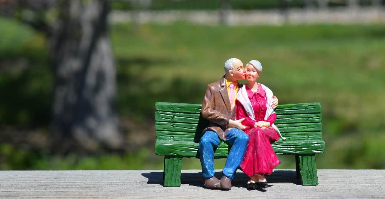 Los dos abuelos - ▷ Los dos abuelos 📖