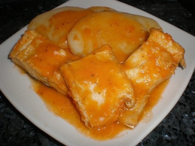 Bacalao con Crema de tomate con cominos confitados