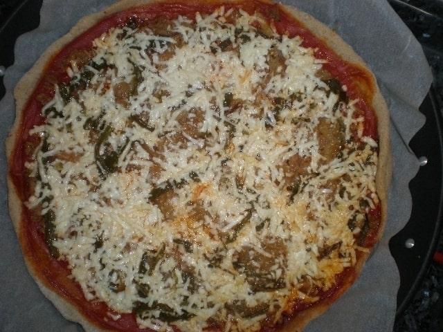 9d87a069489f64950d5506595641a422 - Pizza con paté de aceitunas verdes