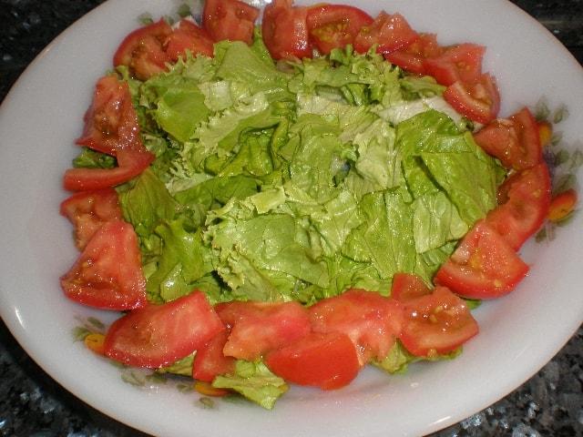 Lechuga y tomate - Ensalada ahumada