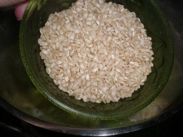 Echar arroz - Arroz con pollo y alcachofas