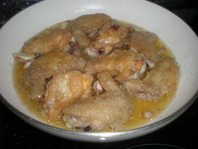 Freír alitas de pollo