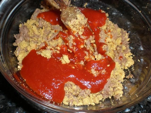Mezclar tomate - Salsa de panceta