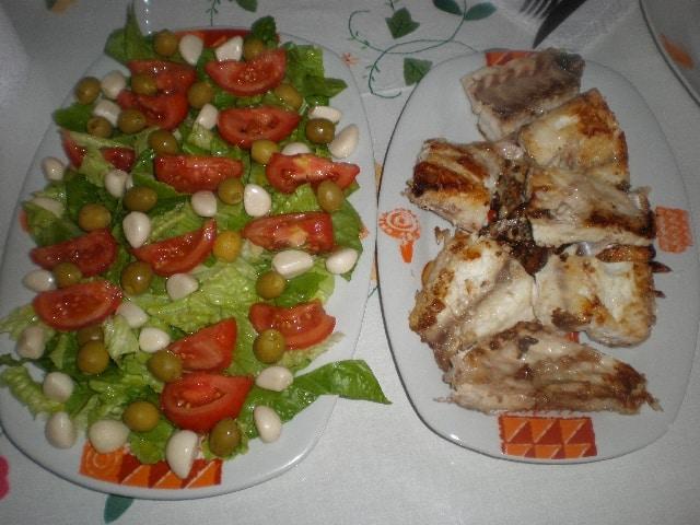 Cherne y ensalada