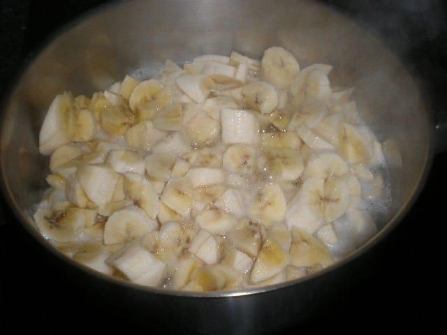 Plátanos hirviendo