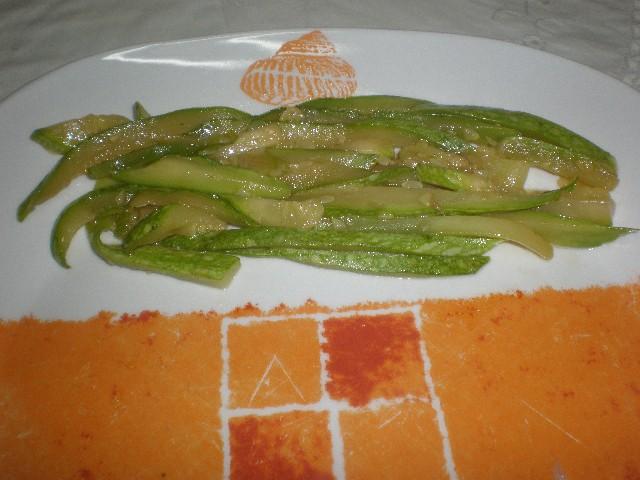 Calabacín pochado en plato