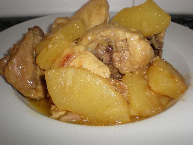 Pollo currypiña