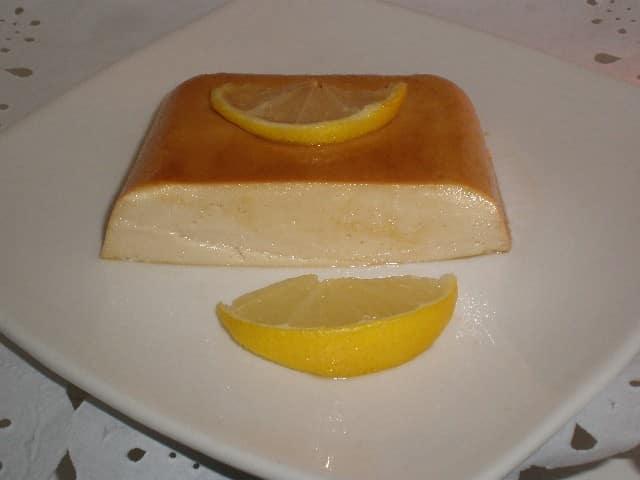 Tarta de nata y limón