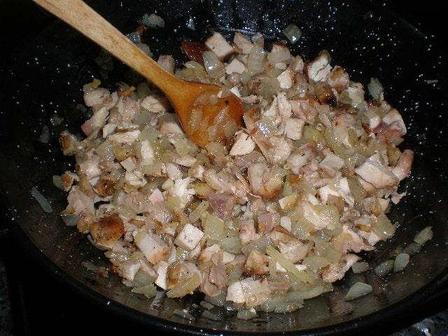 Remover pechuga - Tres pastas integrales con pollo a la brasa