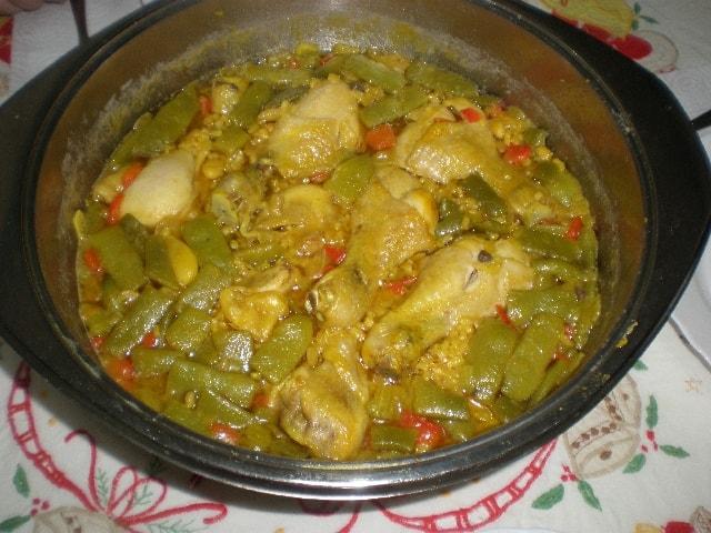 Arroz integral con muslitos de pollo