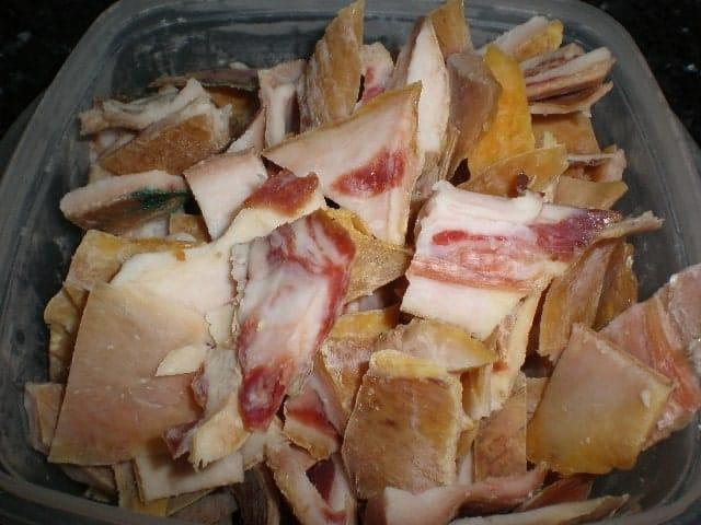 Cortezas de jamón serrano ibérico