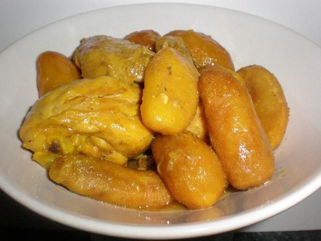 Cazuela de pollo con ajo frito