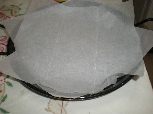 Recipiente cubierto de papel de hornear