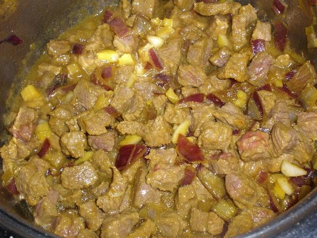 Carne sofrita - ▷ Ternera al vino tinto 🐄
