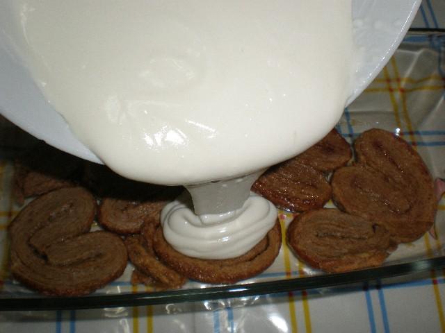 Echar mezcla 1 - Tarta de palmeritas