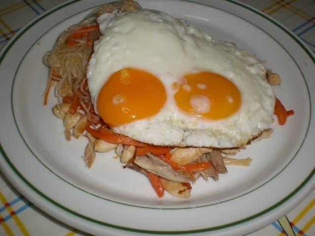 Fideos de cristal con huevos - ▷ Fideos de cristal con pollo 🍝
