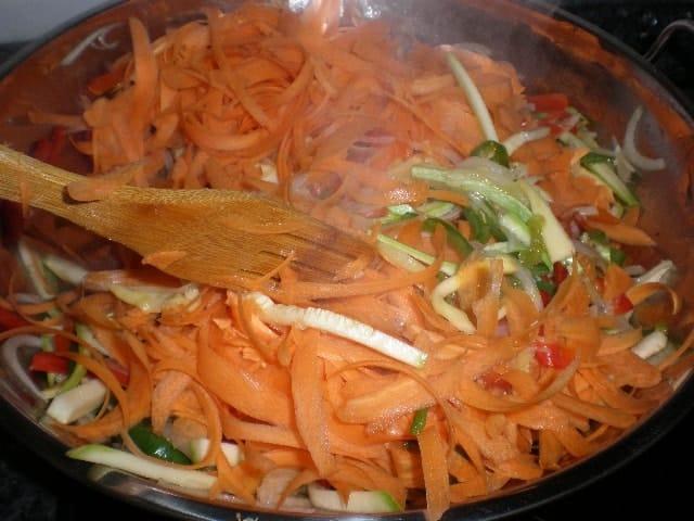 Mezclar zanahorias - ▷ Dente de verdura al wok 🥕 🥒