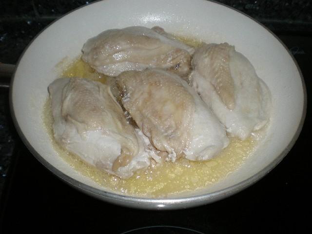 Freír la pechugas de pollo