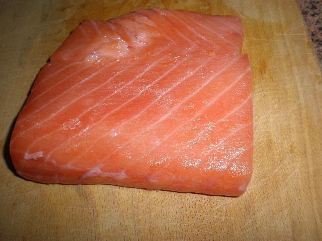 Lomo de salm%C3%B3n - Daditos de salmón crudo
