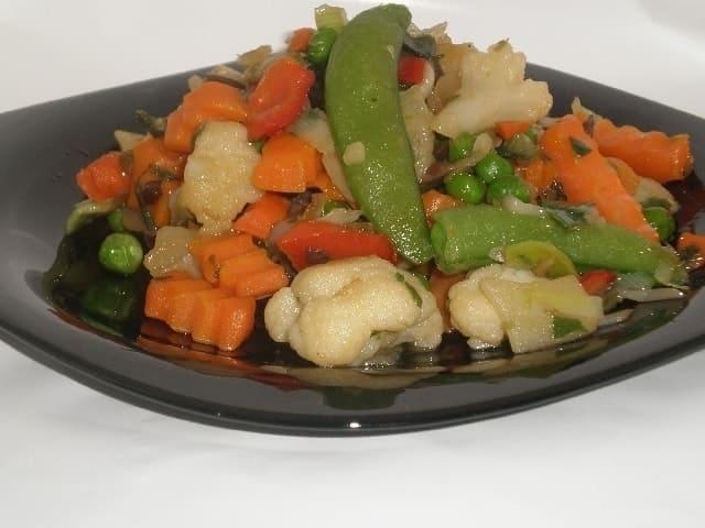 b7a77b0ac0ab4caaefed02b0d5faa241 - Salteado de verdura congelada