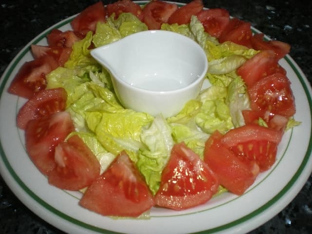 Cogollo y tomate - Ensalada de anacardos