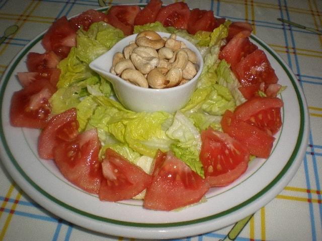 Ensalada de anacardos