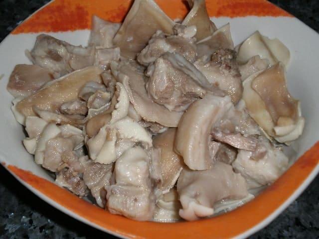 Oreja de cerdo - Lentejas con chorizo y oreja