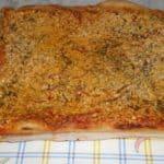 Pizza de carne y pimientos