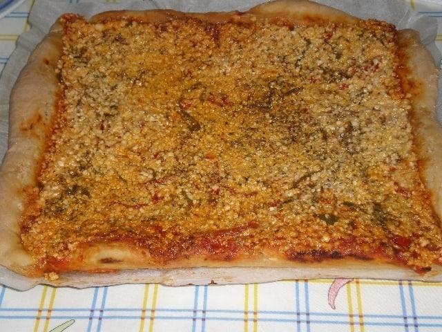 4cd424ae582c0816d2a216de8e1edde7 - Pizza de carne y pimientos