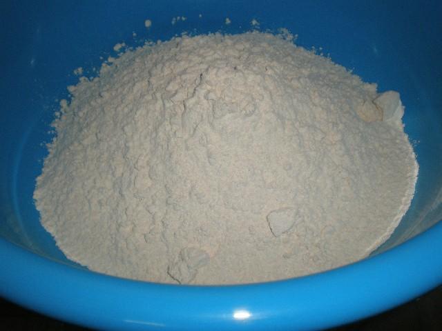 Echar harina 2