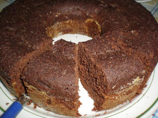 Partir bizcoch%C3%B3n 2 - Bizcochón con cacao