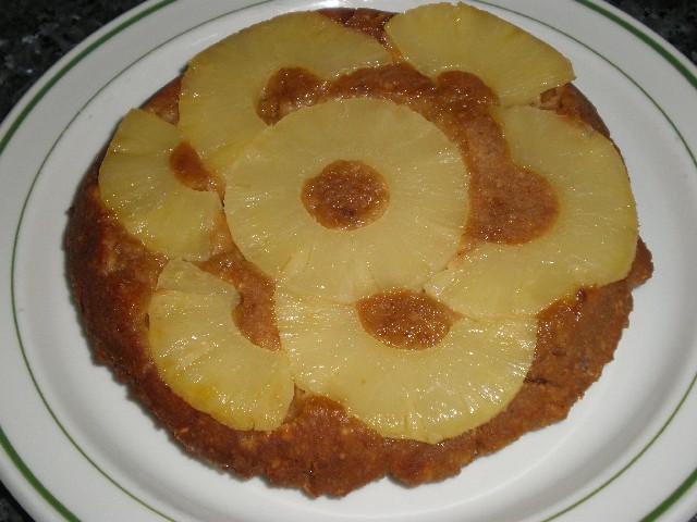 Tatín de piña y galletas