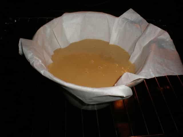 Masa de bizcocho de leche en horno