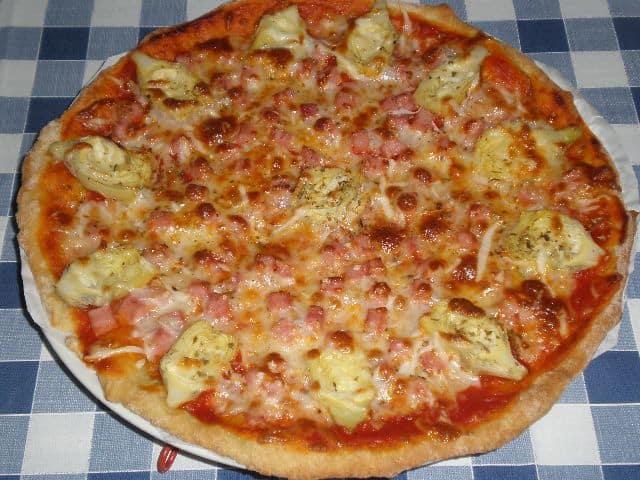 Pizza de alcachofas y jam%C3%B3n 2 - Pizza de alcachofas y jamón