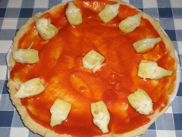 Poner alacachofas - Pizza de alcachofas y jamón
